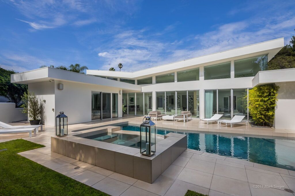 Impressive North Beverly Drive Home in Beverly Hills, Los Angeles