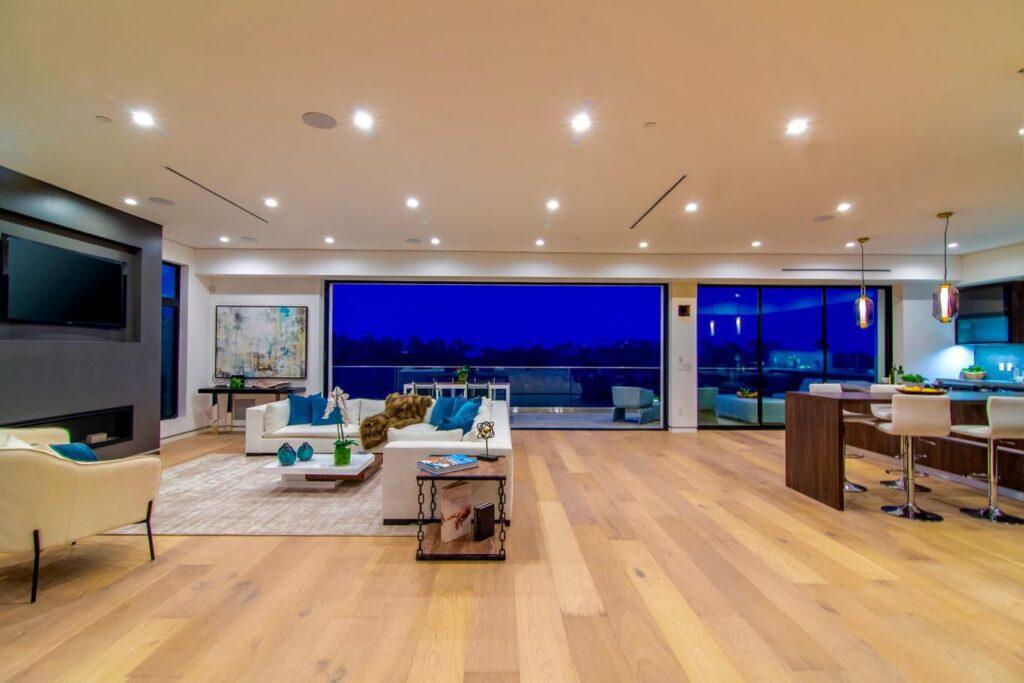 1200 Linda Flora - Modern architectural masterpiece in Los Angeles