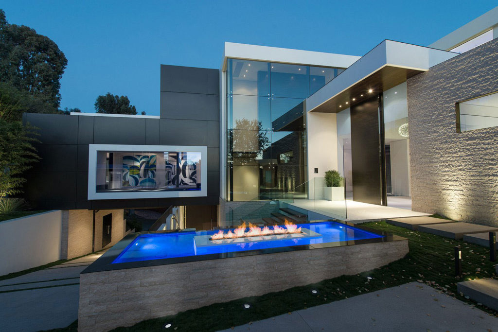 Laurel Way Modern Home, luxury houses