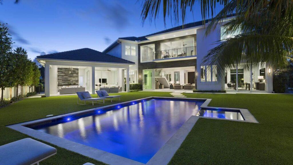 Thatch Palm Drive Modern Home in Boca Raton, Florida