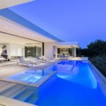 Carla Ridge Modern Masterpiece – An entertainer's paradise in Los Angeles