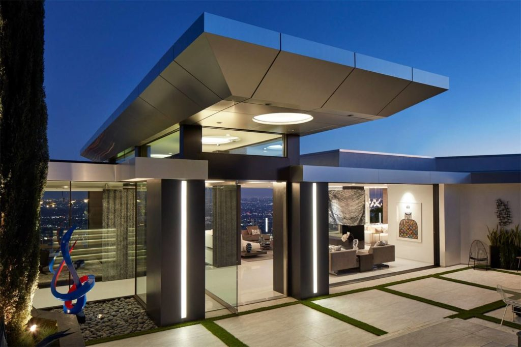 Viewmont Drive Modern Home, luxury houses