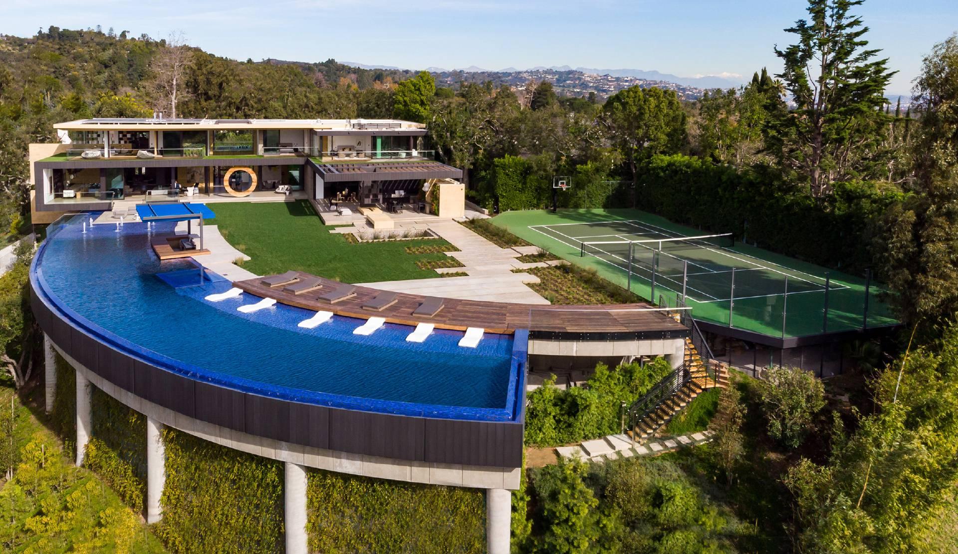 Bentley Circle Modern Mansion – The pinnacle of luxury living in Los Angeles