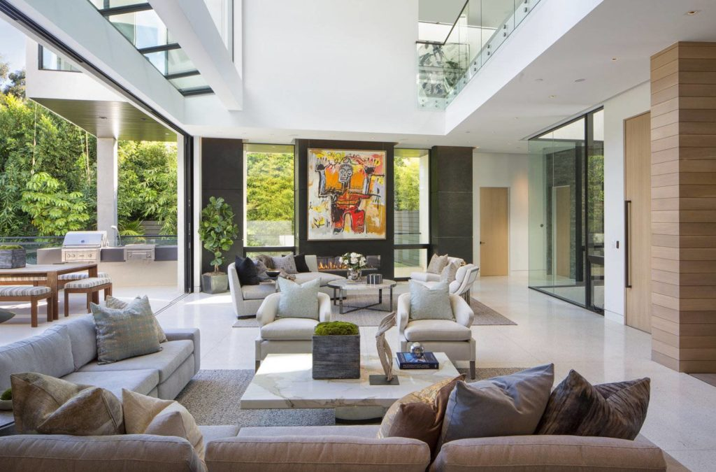 Sophisticated North Cliffwood Modern Home in Los Angeles, luxury houses, Modern Living Room