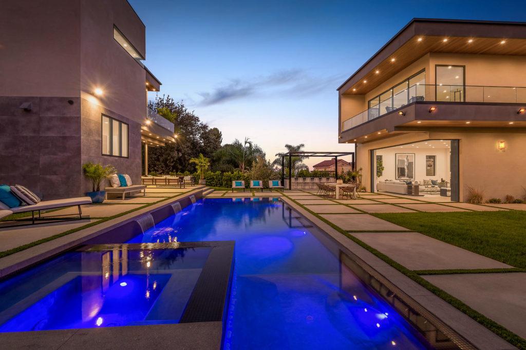 Home in Royal Oaks, luxury houses