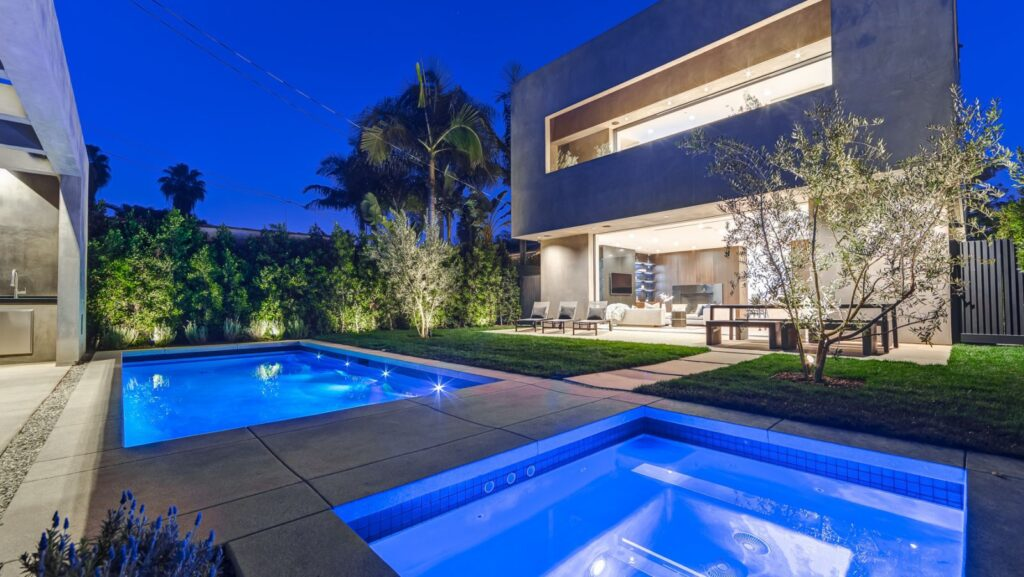 Spectacular North Alta Vista Modern Home in Santa Monica, California