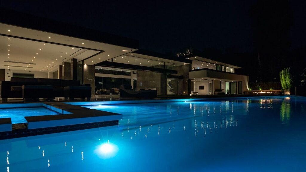 Incredible Tradella Road Superb modern home in Los Angeles by Paul McClean