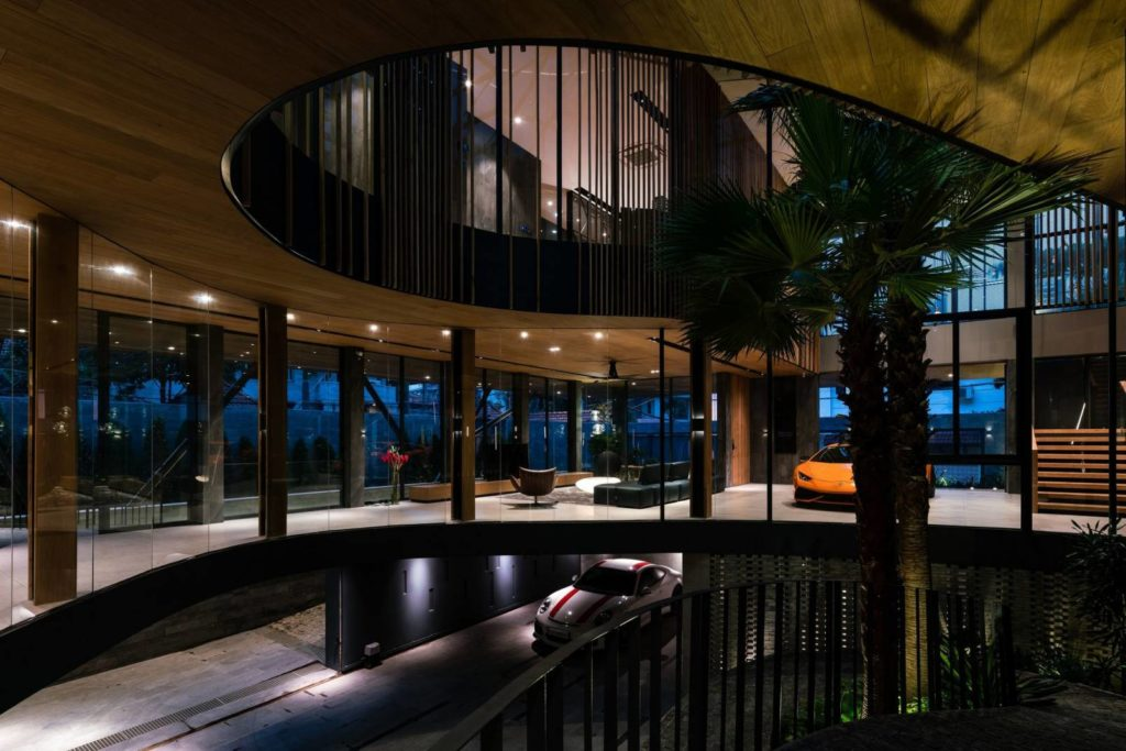 Tropical Modern Villa in Ho Chi Minh city by Vaco Design, luxury houses