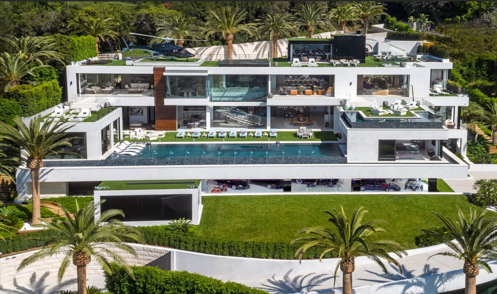 Modern Mansion in Los Angeles