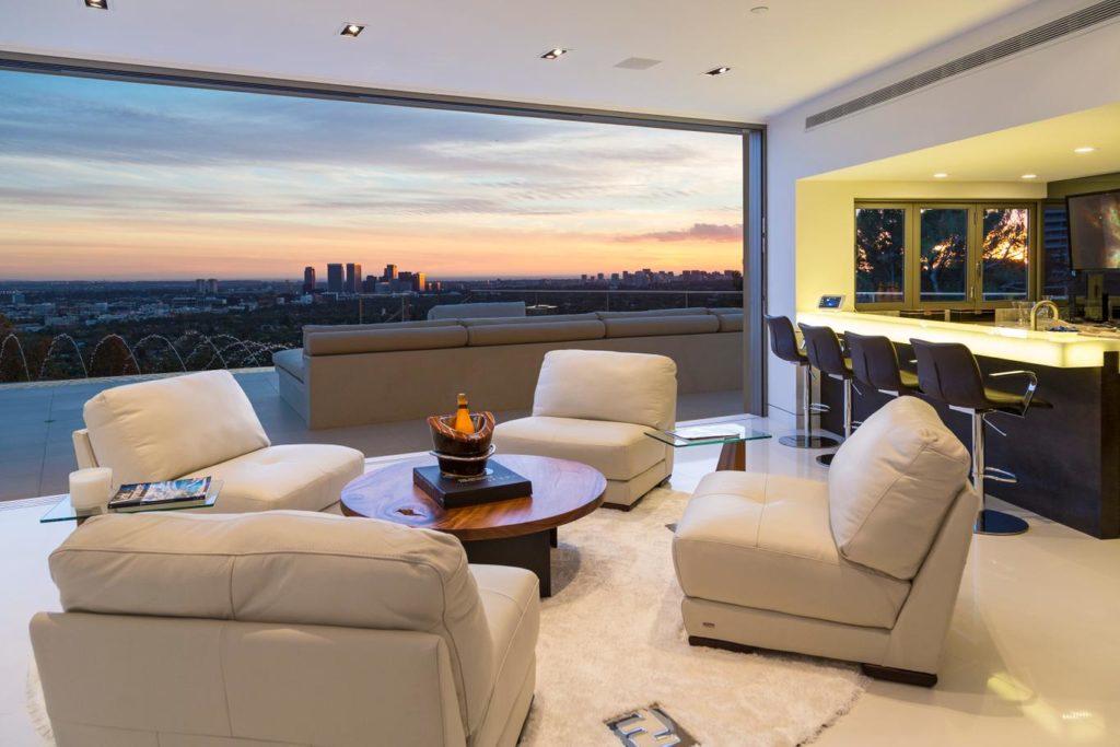 Sierra Mar Drive modern home, luxury houses
