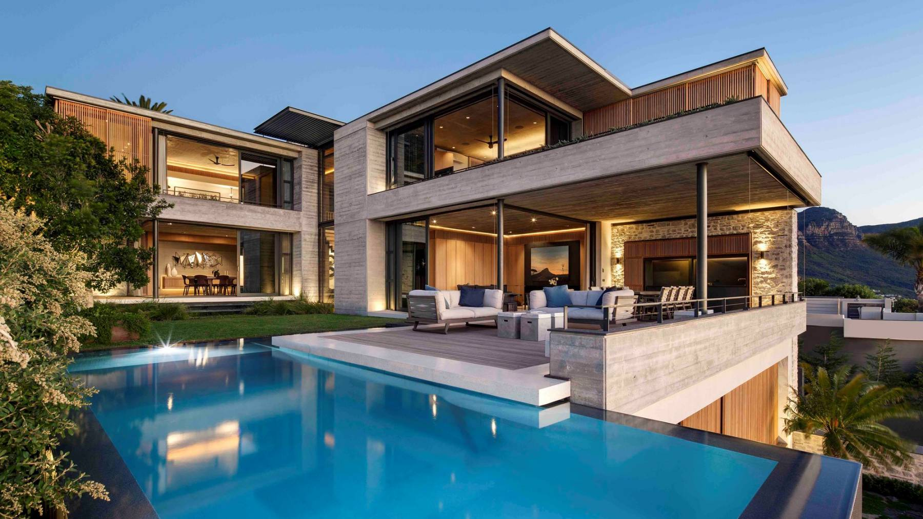 Clifton Modern Home in Cape Town by Malan Vorster Architects, luxury houses