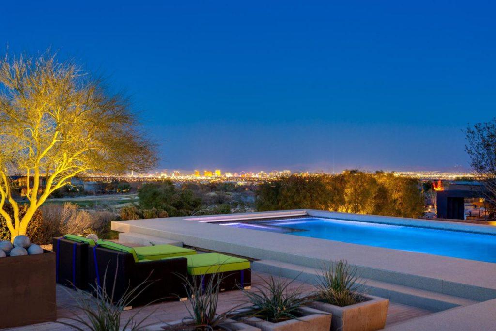 Home in Las Vegas, luxury house