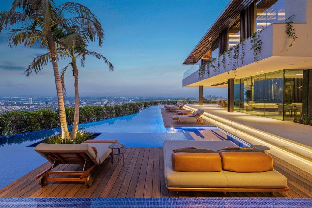 Modern Home in Los Angeles, luxury houses