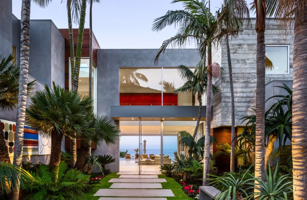 luxury houses, modern homes, luxury-houses.net, Modern Home in Malibu