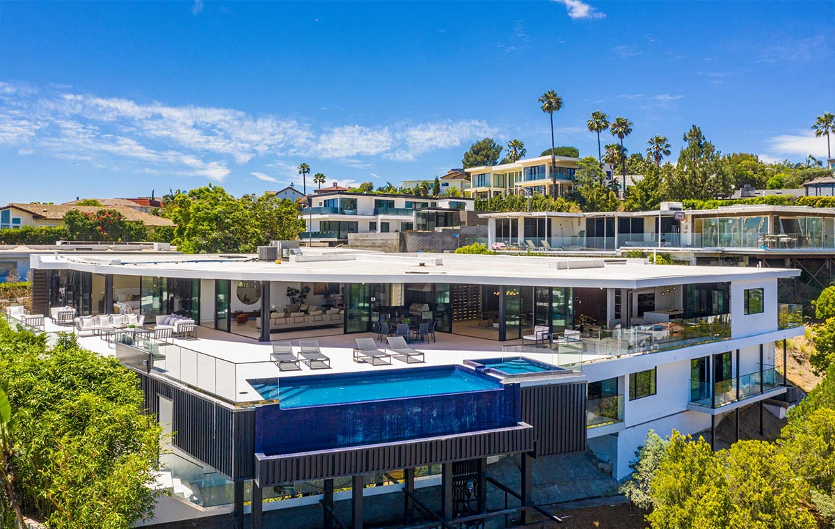 Hercules Drive Architectural Masterpiece in Los Angeles