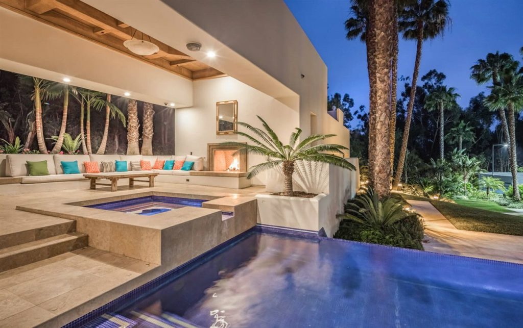 Contemporary in California, luxury house