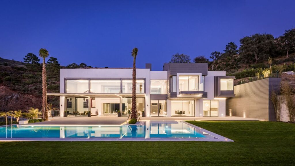 Contemporary Villa in Spain, luxury house
