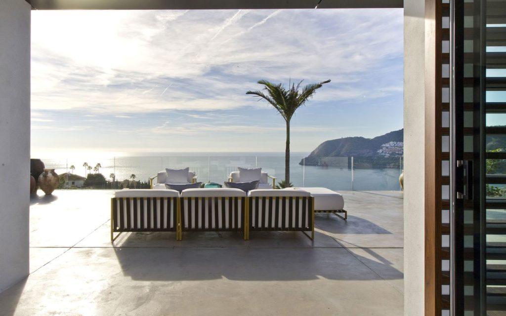 Villa Nero in Spain, sea view modern villa