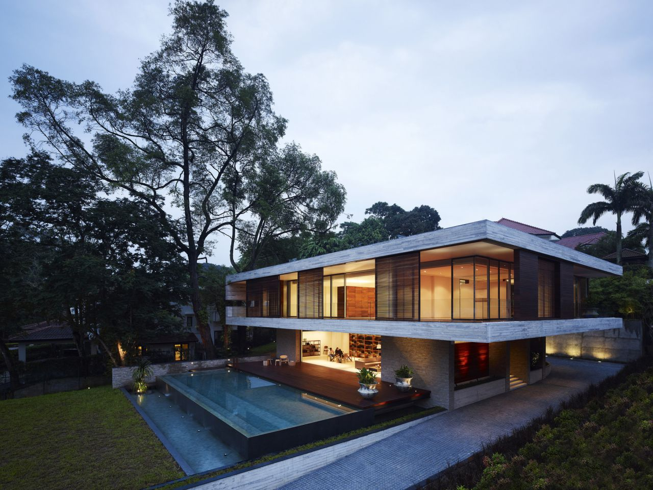 Luxury Residence in Singapore by Ong&Ong Architects