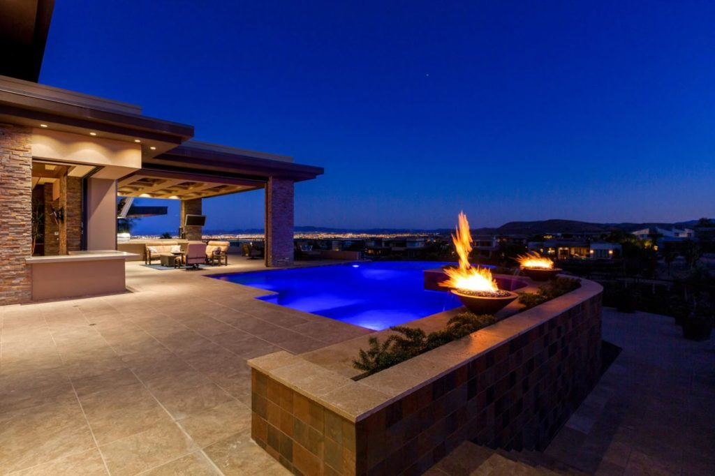 Contemporary Home in Las Vegas, luxury houses