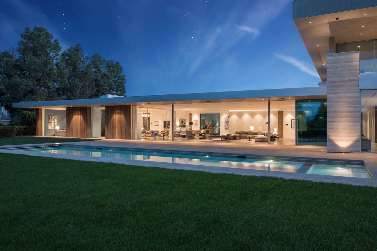 Exceptional Perugia Way Modern Masterpiece in Los Angeles