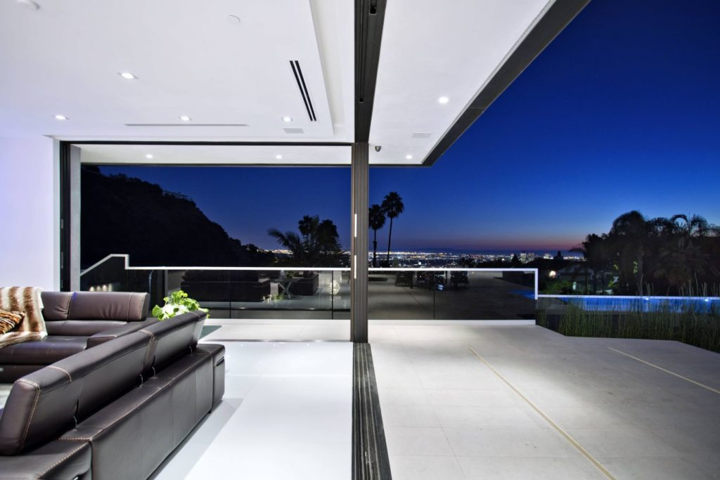Swallow Drive Modern Home, luxury house