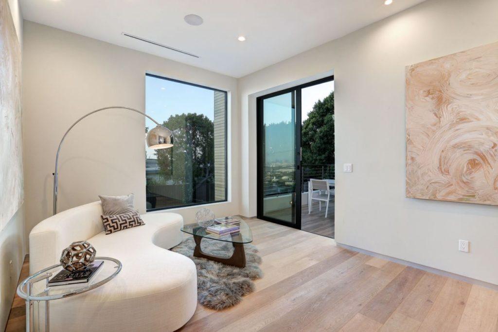 Hollywood Boulevard Residence, luxury house