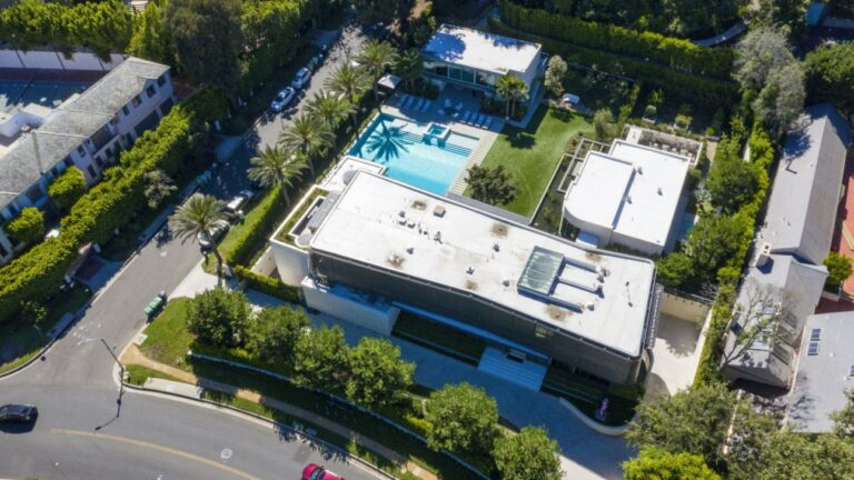 Beverly Hills Modern Mansion, real estates news