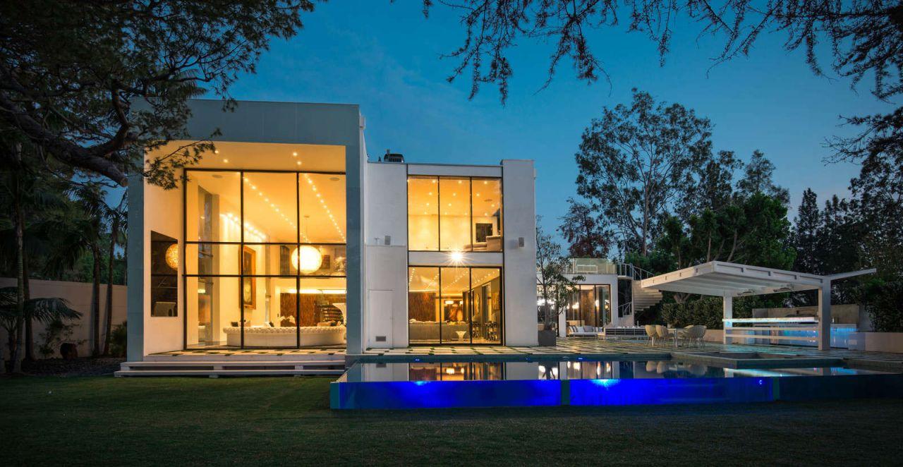 Estate in Beverly Hills