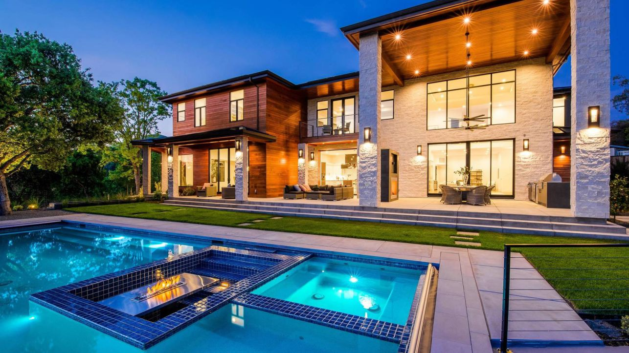 Contemporary Residence