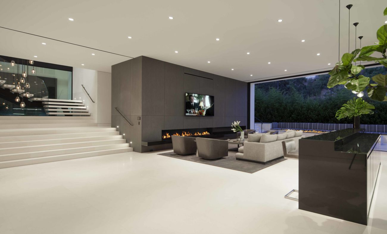 Clean and Spacious Great Room is masterful designed by talent Architect Paul McClean