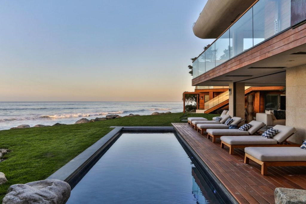 Residence in Malibu, luxury houses