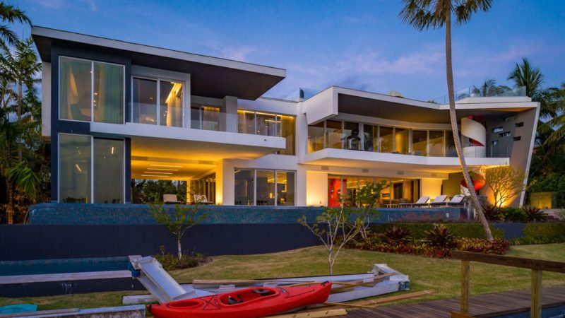 On The Market – An Ultramodern Mansion on exclusive Hibiscus Island Listed for $28,800,000