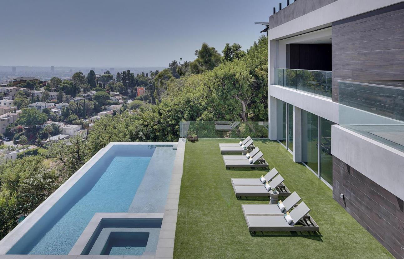 Masterpiece in Hollywood