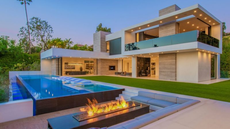 A magnificent Beverly Grove Modern Home with breathtaking views