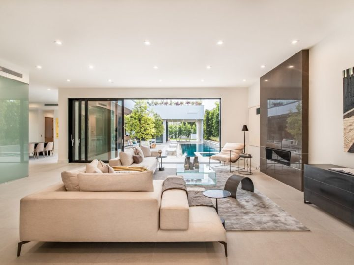 Inside One of Largest Homes in Venice, California Listed for $7,449,000