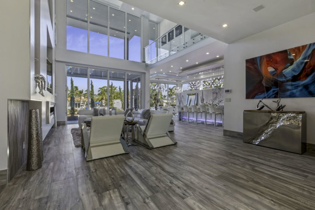 Ultra Modern in Florida