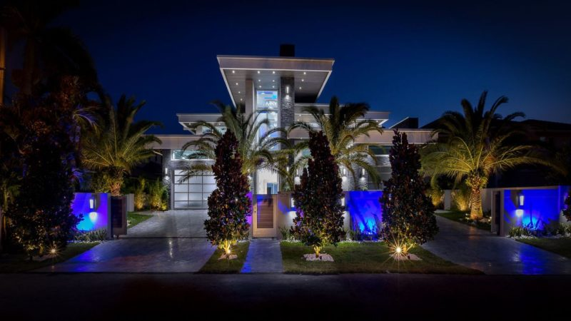 Tour of Exquisite Modern Estate in Fort Lauderdale, Florida