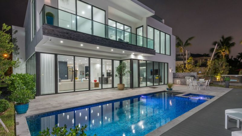 Sensational Contemporary Luxury Waterfront Home in Fort Lauderdale