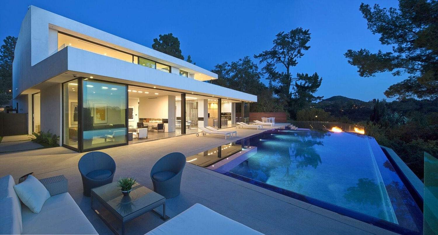 Tour of A Beverly Hills Modern Residence Designed by Domaen