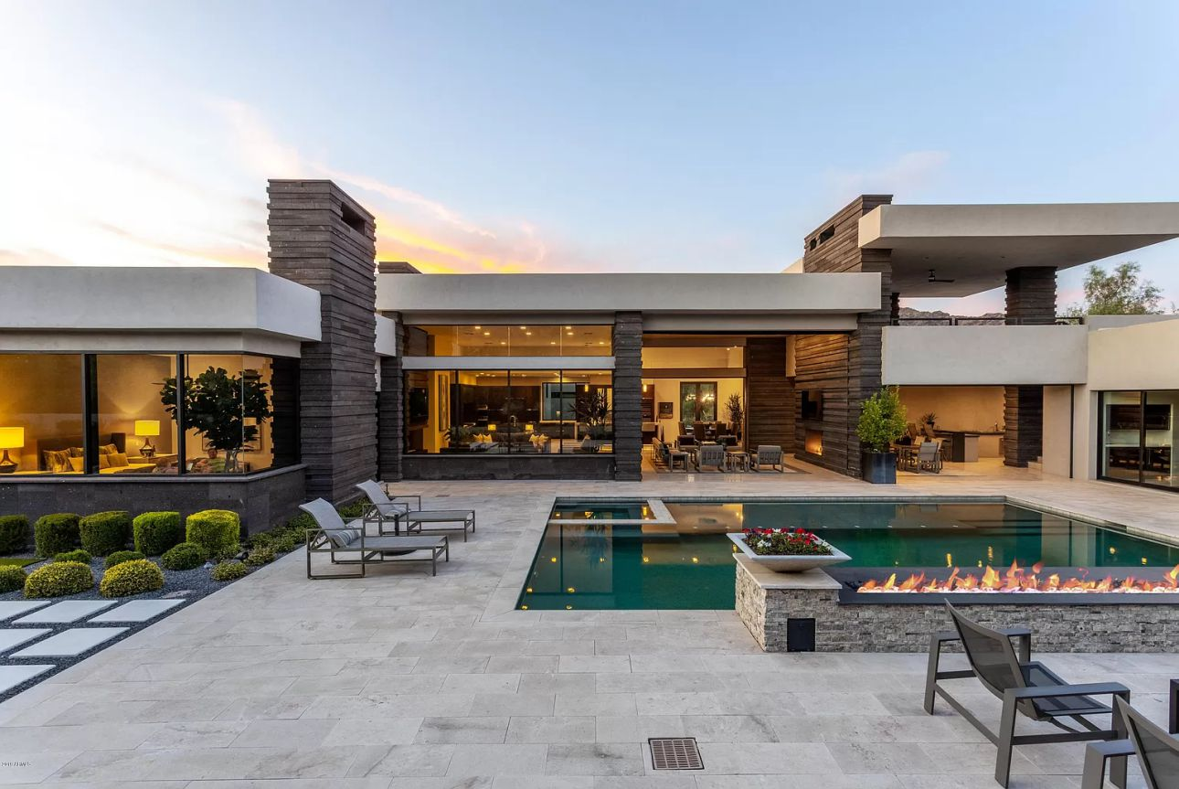 Estate in Paradise Valley