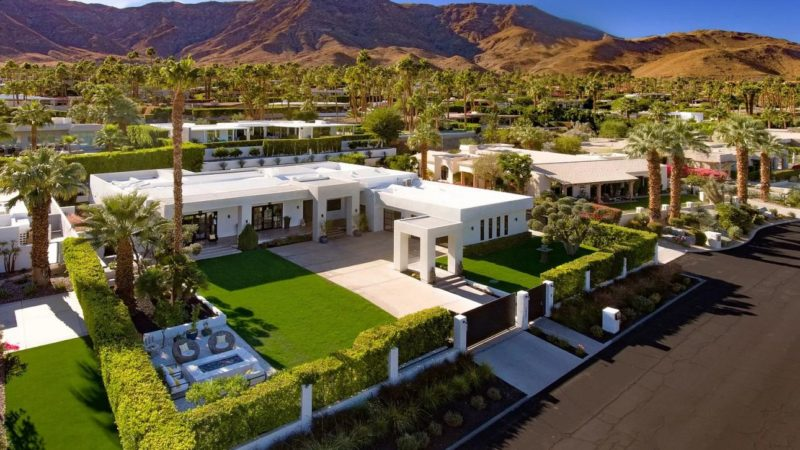 Masterfully Modernized Rancho Mirage Estate Listed for $3,329,000