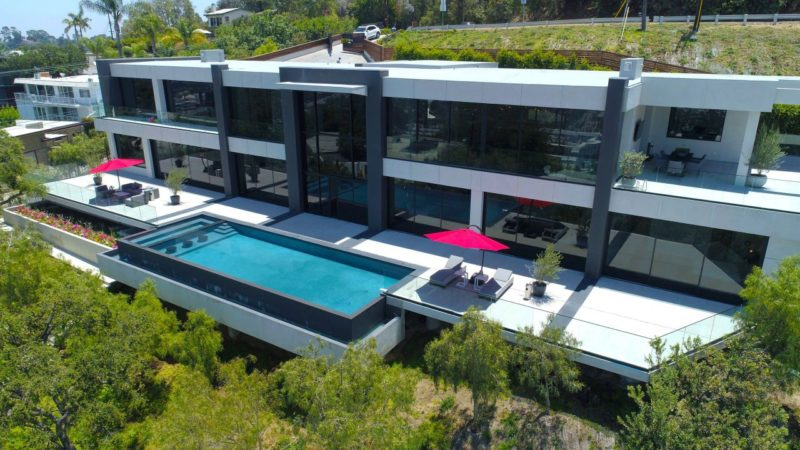 On The Market – Luxurious Mulholland Drive Modern Estate Listed for $9,950,000