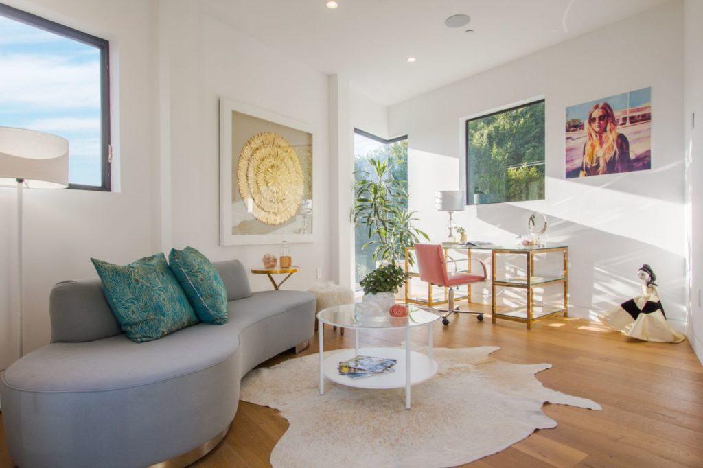Appian Way Modern Home