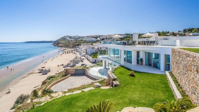 Villa Alegria in Lagos, Algarve, Portugal
