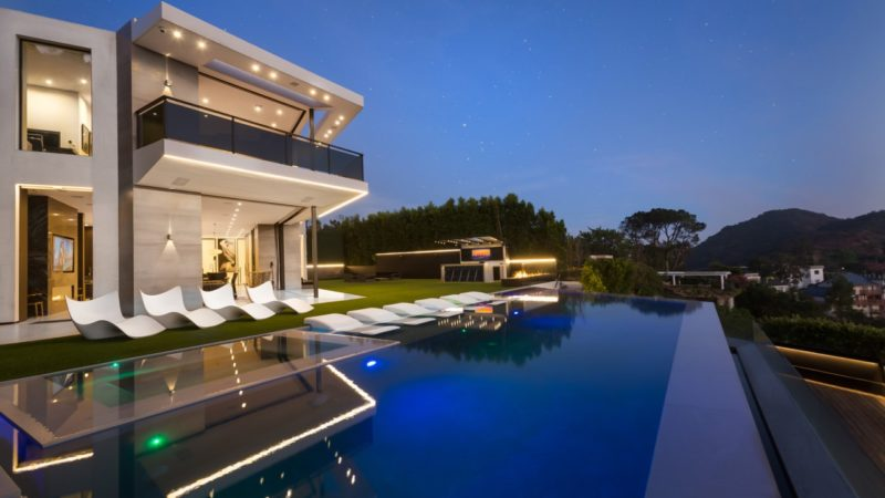 Magnificent Museum Quality Modern Home in Beverly Hills with Breathtaking Views
