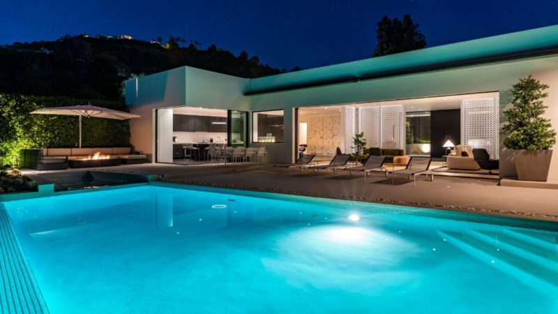 Inside A $12.9 Million Beverly Hills Modern Estate on The Market
