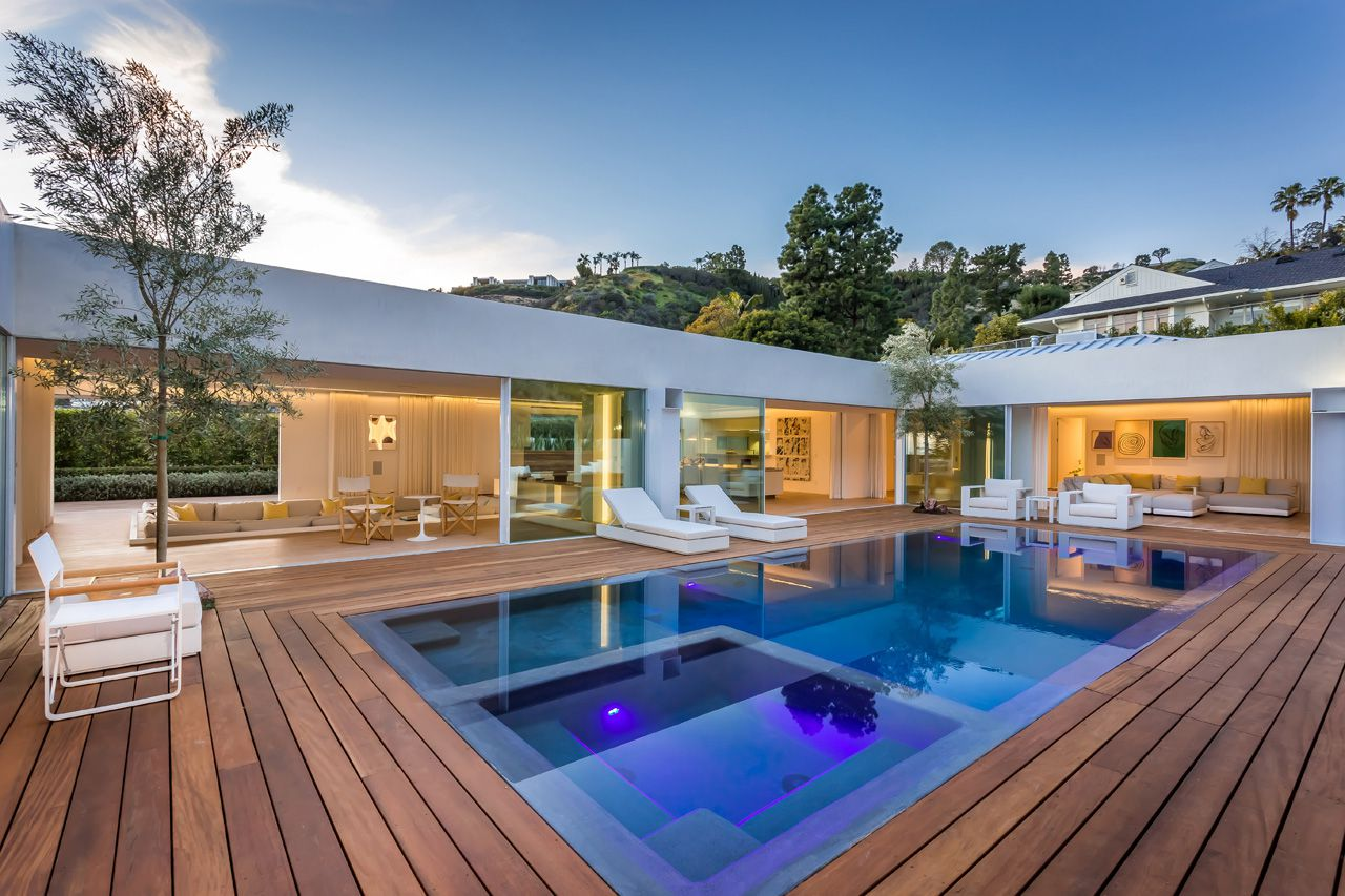 Spectacularly Crafted Contemporary Beverly Hills Estate offered at $8,499,000