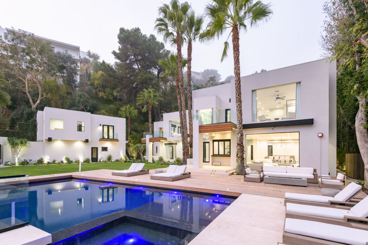 Exquisite Haslam Ter Estate Returns the market for $9,995,000