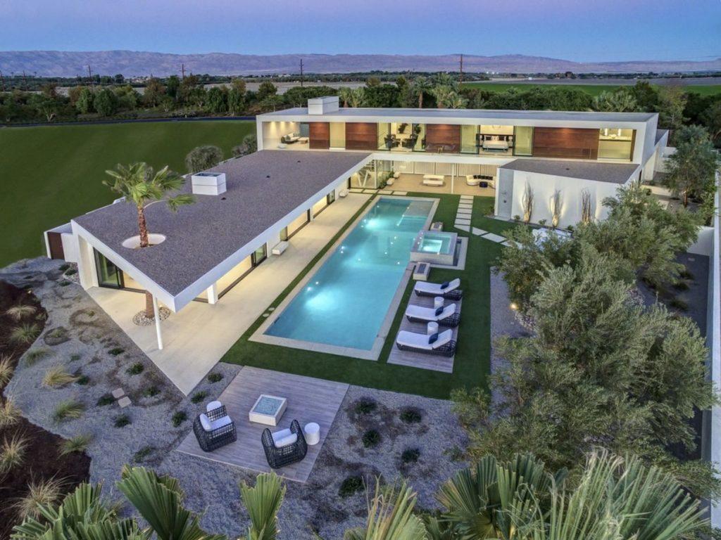 Home in La Quinta